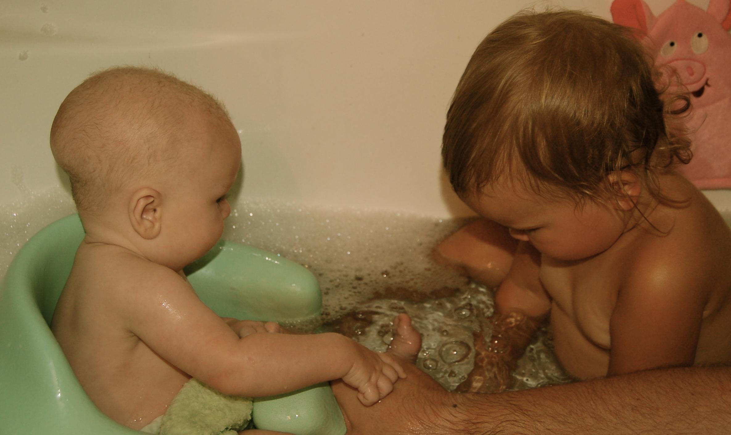 Babies in the Bathtub :) – broadwell babies
